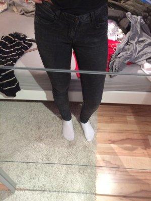 Dunkelgraue skinny Jeans