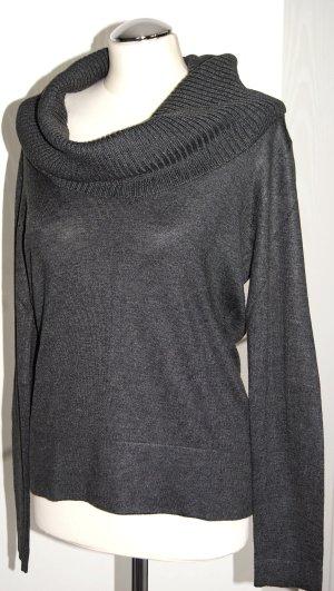 Dunkelgrauer Feinstrick-Pullover mit großem Rollkragen