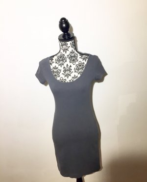 dunkelgraues Basic-Kleid