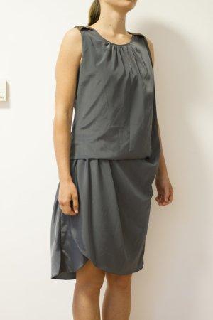 dunkelgraues Kleid mit Perlenstickerei von Day Birger et Mikkelsen