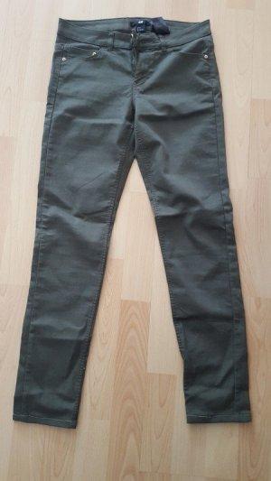Dunkelgrüne H&M Jeans