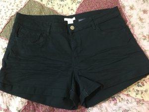 Dunkelgrüne Shorts/Hot Pants Gr. M