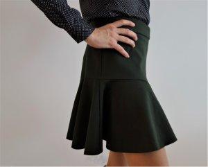 "Dunkelgrüner Minirock der Marke ""P.A.R.O.S.H."" im 70er Look, Größe: S"