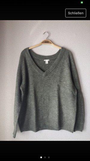 H&M Jersey con cuello de pico gris verdoso-verde oscuro