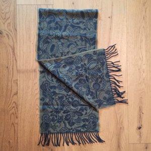Dunkelgrüner Schal aus Schurwolle