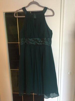Dunkelgrünes Abendkleid von Jakes