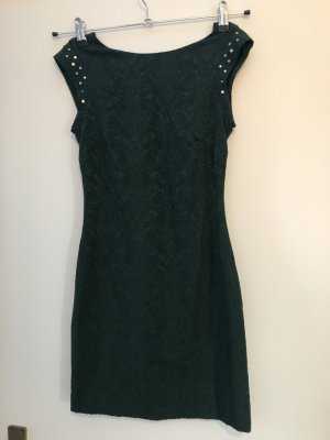 Dunkelgrünes kurzes Kleid