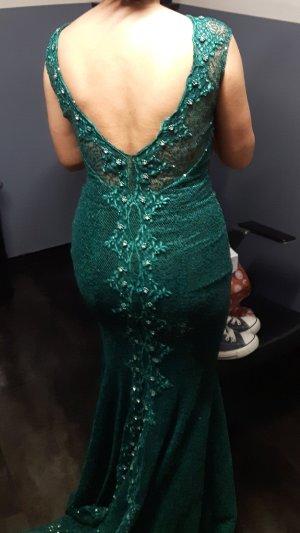 dunkelgrünes Pailletten Abendkleid mit Schleppe und Rückendekolleté