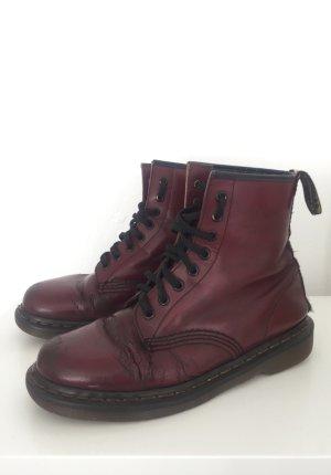 Dunkelrote / Bordeauxrote Doc Martens / Dr. Martens Boots