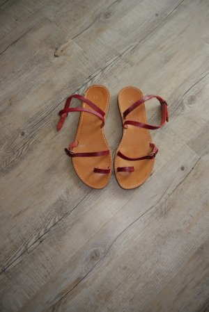 Sandalias de tacón de tiras rojo oscuro-burdeos Cuero