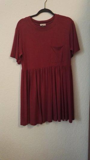 Dunkelrotes Babydoll- Kleid von Urban Outfitters