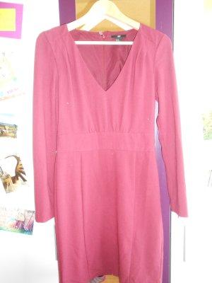 Dunkelrotes Kleid von H&M in Größe 38