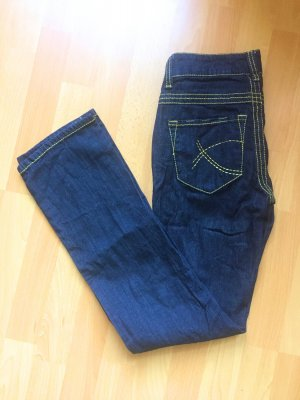 dunkle Chillytime Jeans S (36) NEU