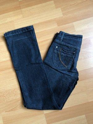 Dunkle enge Jeans figurbetont XS 34