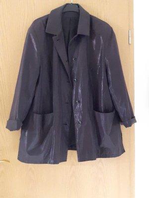 Dunkle Jacke mit Schimmereffekt