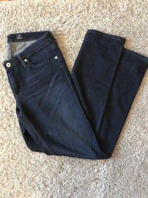 Dunkle Jeans von Adriano Goldschmied