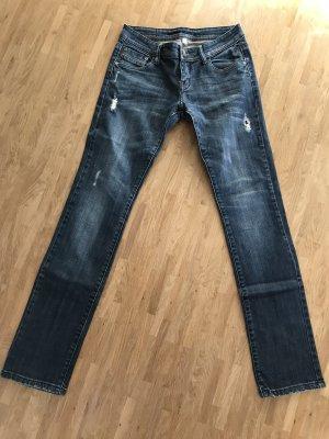 dunkle Jeans von AMISU, Größe 27