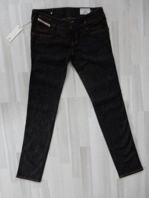 Dunkle Jeans von Diesel matic