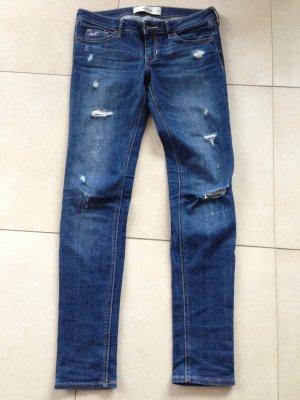 dunkle Jeans von Hollister