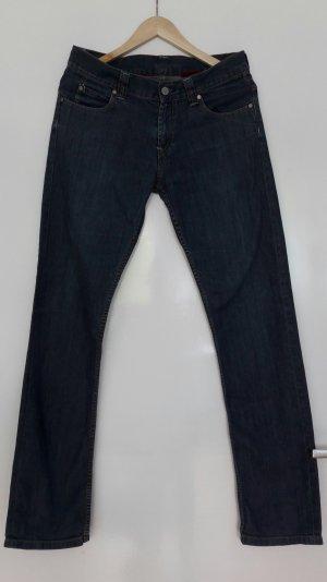 Dunkle Jeans von Levi's