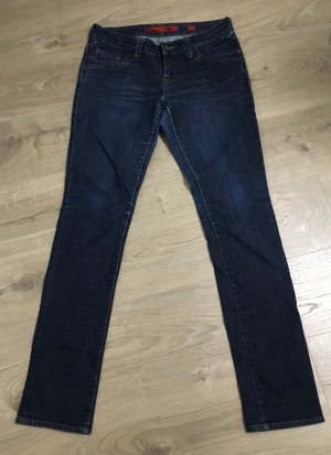 Dunkle Jeans von QS By s.Oliver