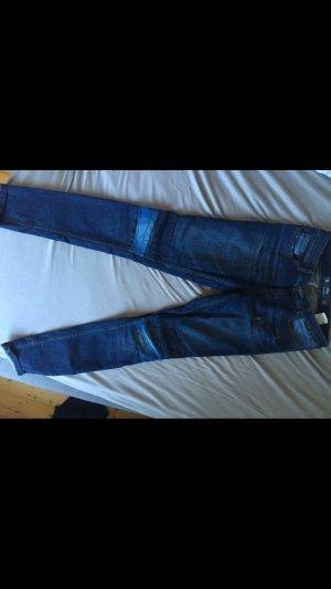 Dunkle Jeans von s.Oliver
