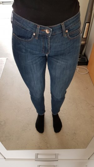 dunkle Mango Jeans