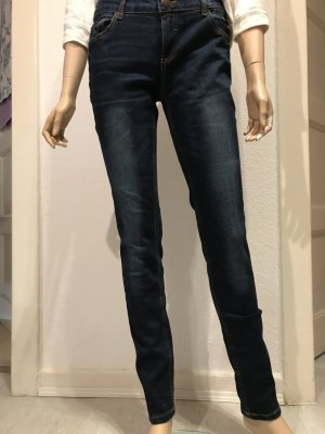 Dunkle Skinny Jeans !