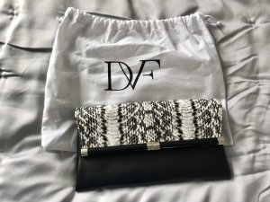 DvF Clutch in Snake Print