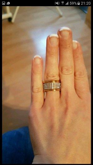 Dyrberg&Kern Ring mit swaroskisteinen