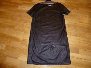 E-Gó schwarzes Kleid in Lederoptik