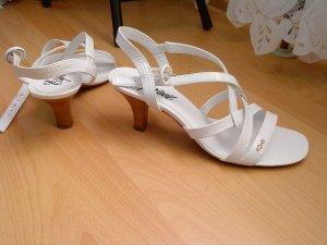 E-sprit Sandaletten in weiß