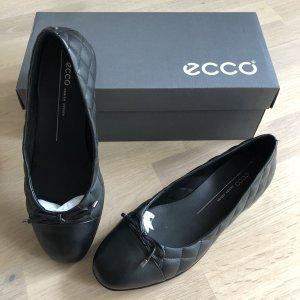 Ecco Ballerinas