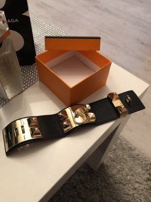 Bracelet en cuir noir-doré