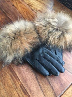 Echt Leder Handschuhe mit einem üppigen Fuchspelz