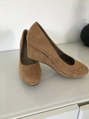 Tamaris Zapatos de cuña marrón arena-beige