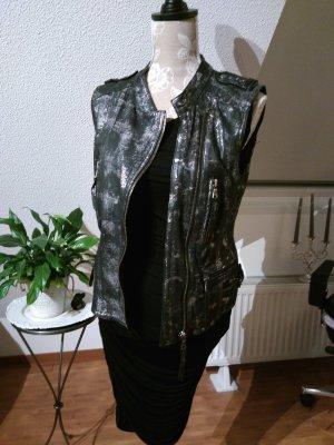 echt Leder Weste in schwarz mit Silber Elementen in Größe L