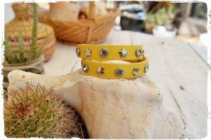 Echt - Leder Wickel Armband gelb mit Nieten aus Ibiza