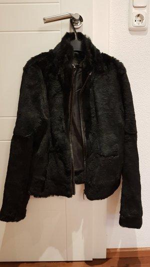 Zara Woman Veste de fourrure noir