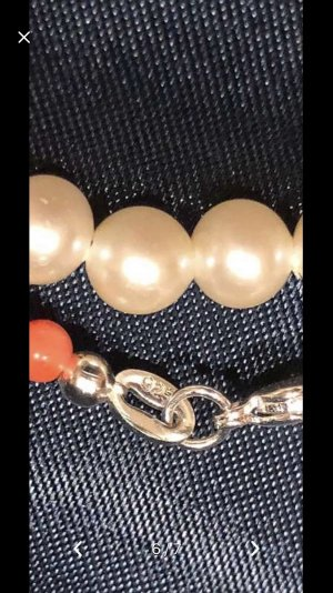 Pearl Necklace white-bright red