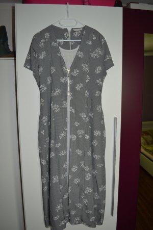 Echt süßes  Kleid Gr. M von Axara Paris luftig leicht