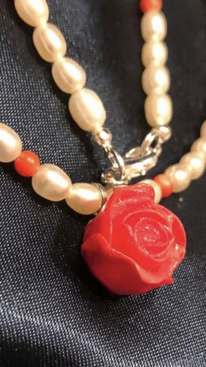 Pearl Necklace white-red