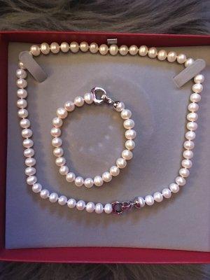 Christ Chain white-silver-colored