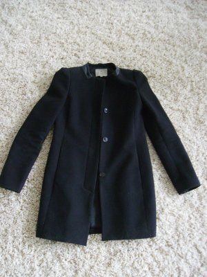 Echte Schnappchen! Essentiel Mantel, XS/S Grosse, zu gunstigen Preis!