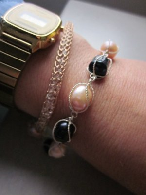 Echte Süßwasserperlen Armband Dunkelblau & Rose