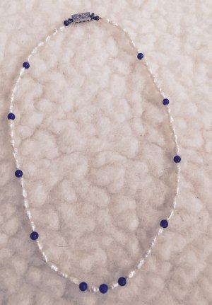 Echte Süßwasserperlenkette mit blauem Lapislazulistein und Echtsilberverschluss!