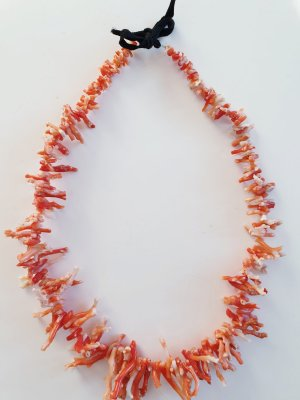 Necklace bright red
