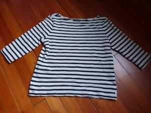 Echter Klassiker: gestreiftes Sweatshirt im Marinelook