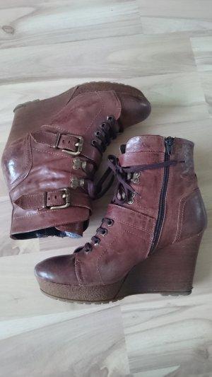Echtes Leder - High-Heel Stiefelette