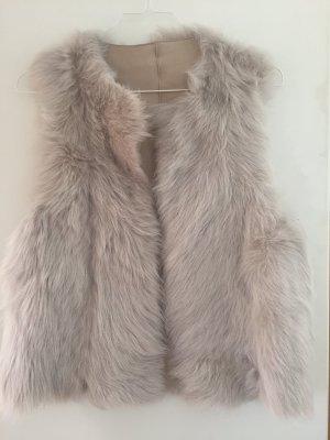Massimo Dutti Gilet en fourrure beige clair pelage